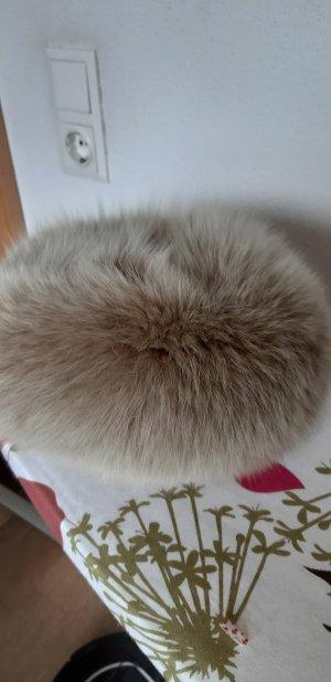 100 Chapeau en fourrure gris brun