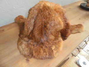 Sombrero de piel marrón Piel