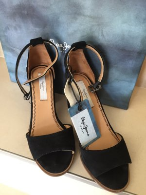 Pepe Jeans London Strapped High-Heeled Sandals black