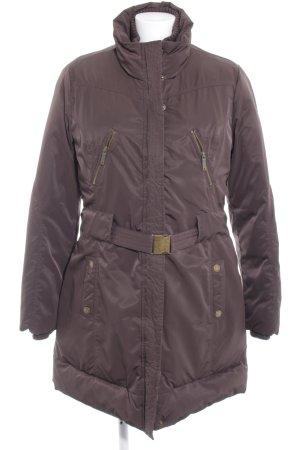 Pepe Jeans Abrigo de plumón marrón oscuro look Street-Style