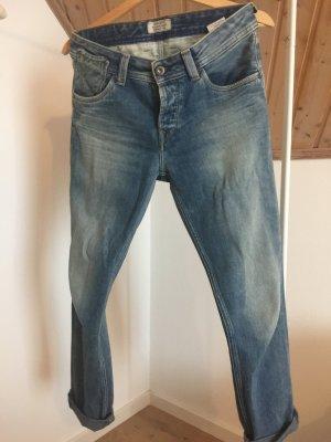 Pepe Jeans im Boyfiend-Style