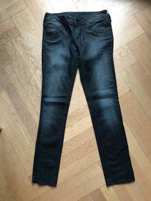 Pepe Jeans Jeans in Blauschwarz . Jeansgröße 28, elastisch