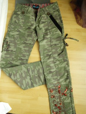 PEPE JEANS LONDON CAMOUFLAGE HOSE GR. 27