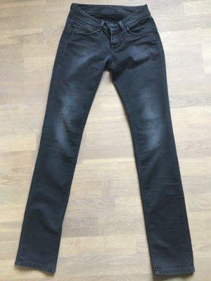 Pepe-Jeans, Modell London