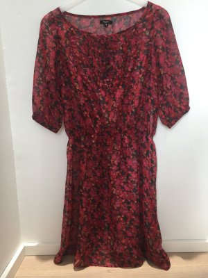 *PEPE* Süßes Blumenkleid aus Chiffon