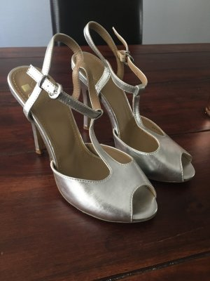 Even & Odd Strapped High-Heeled Sandals silver-colored