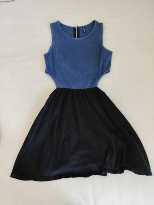 H&M Vestido cut out negro-azul acero