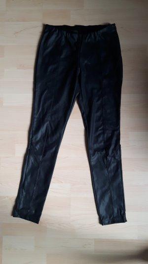 Perfekte Lederimitat-Hose in Schwarz (Matt) von Dorothy Perkins, Größe 40