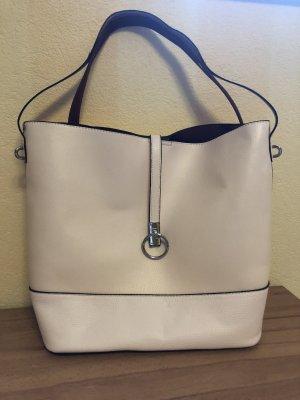 Perfekte Sommertasche