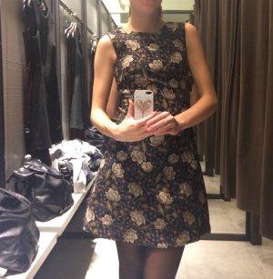 Perfektes Herbstkleid von Zara, wie NEU