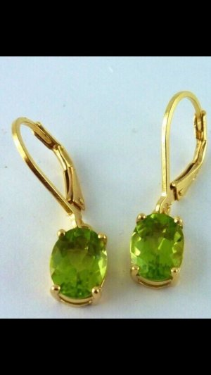 Gold Earring green-gold-colored