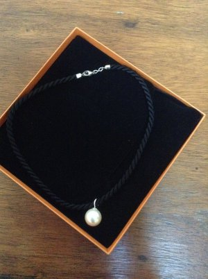 Perlen - Anhänger + Seidenkordel
