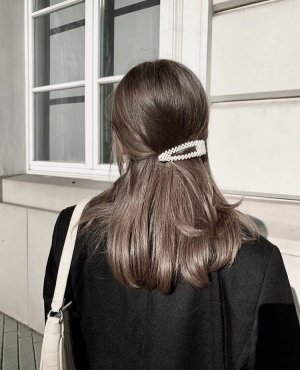Épingle à cheveux blanc