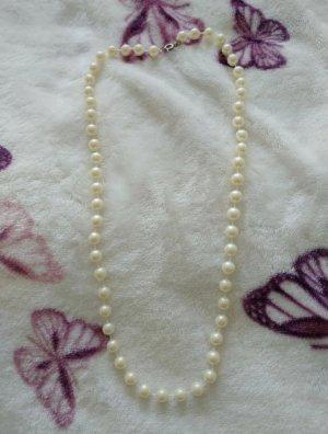 Perlen Kette beige