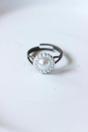 Perlen Ring Blume Vintage Blogger