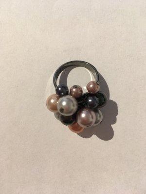 Perlen-Ring in silber/grau/apricot
