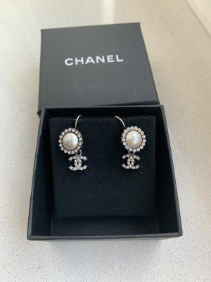 Perlen Silberne Chanel Ohrringe