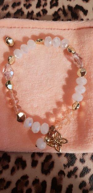 Perlenarmband mit Schmetterling