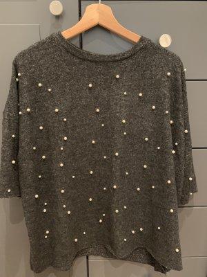 Perlenbestickter Pullover