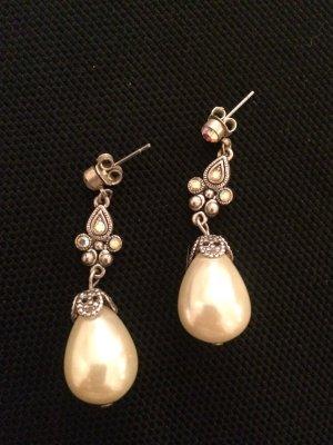 Perlenhänger im barocken Stil top