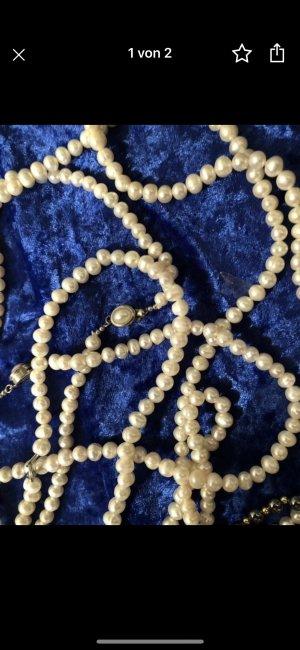 Collar de perlas blanco puro