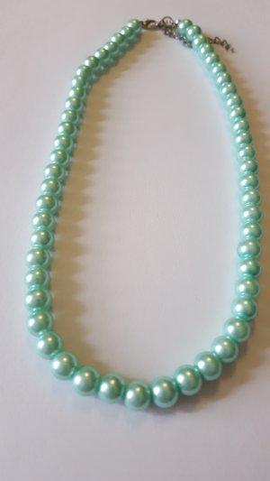 Collana di perle menta