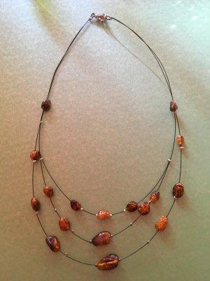 Collier de perles orange foncé-cognac