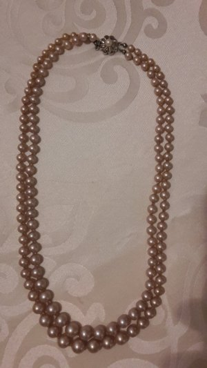 Pearl Necklace dusky pink