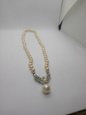 Perlenkette mit Anhänger Vintage