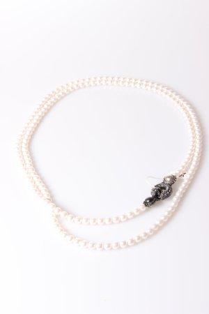 Perlenkette mit auffälligem Verschluss