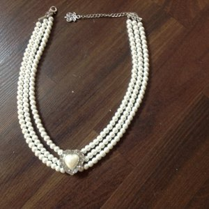 Collier Necklace white synthetic material