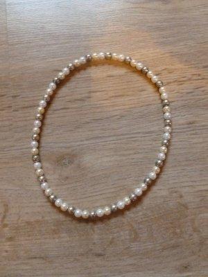 Perlenkette weiß creme silber