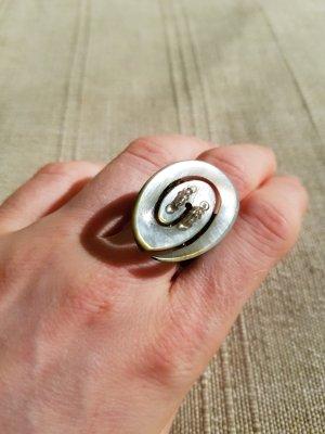 Perlenring mit Spirale