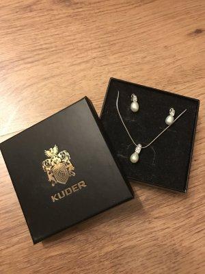 Perlenschmuck Set mit Ohrringen und Kette