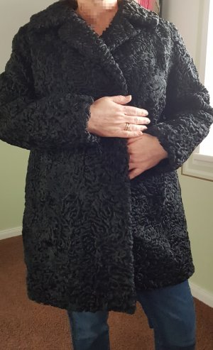 Pelt Coat black fur