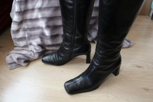 Peter Kaiser Heel Boots black leather