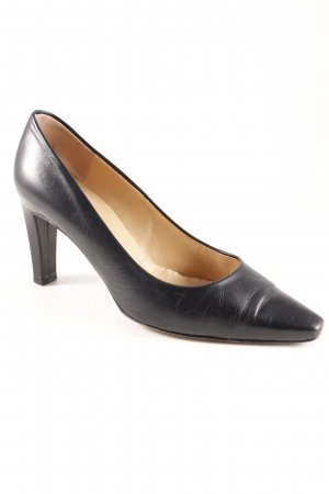 Peter Kaiser Pointed Toe Pumps black business style