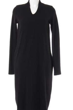 peter o. mahler Vestido de lana negro estilo sencillo
