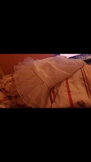 Robe avec jupon blanc
