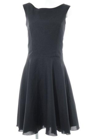 Robe avec jupon noir style des années 60