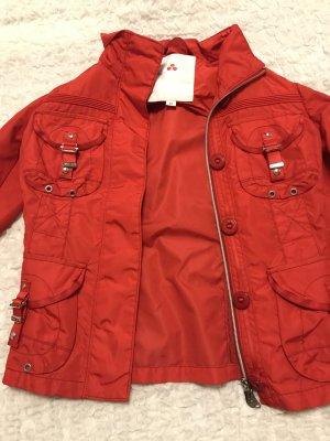 Peuterey Jacke rot, tailliert geschnitten