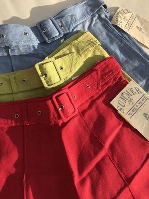 PFINGST-SALE!!! * NUR NOCH DIESE WOCHE!!! * Tolle Vintage High Waist Shorts * Neu mit Etikett * verschiedene Größen * 34/36/38 * verschiedene Farben * rot * grün * blau *