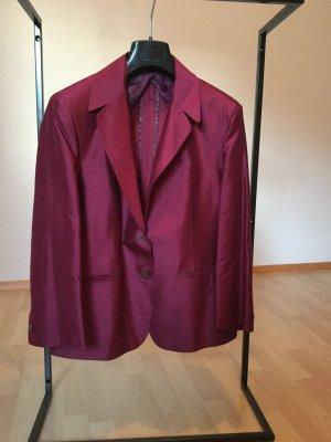 Pflaumenfarbene Jacke aus Rohseide