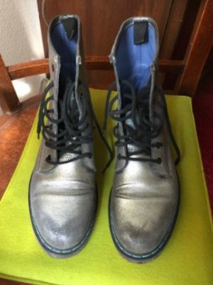 Philippe Model Boots im Dr. Martens Style