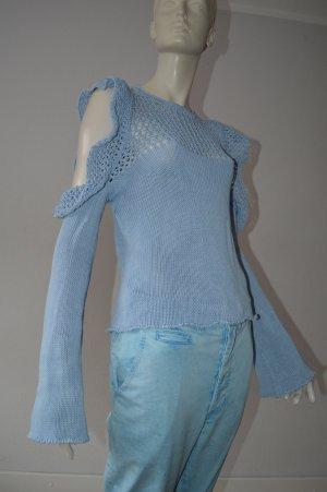 Pull en crochet bleu clair coton