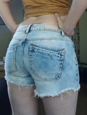 PIECES Damen Thilde Shorts Gr. M