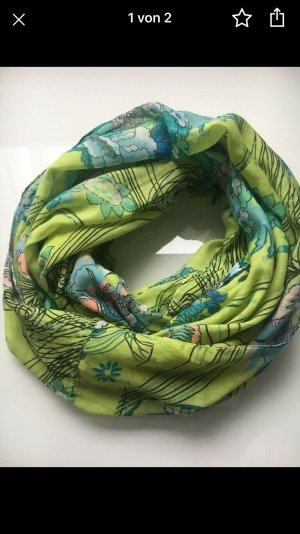 Pieces Tube Scarf green