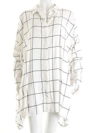 Pieces Oversized Bluse weiß-schwarz Karomuster Street-Fashion-Look