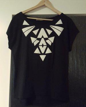 Pieces - schwarzes T-Shirt mit Ethnomuster; Gr. M