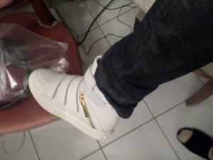 Pierre Balmain Sneaker con strappi bianco Pelle